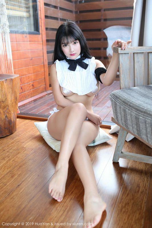 欧派女神小尤奈纯红旗袍白款短装