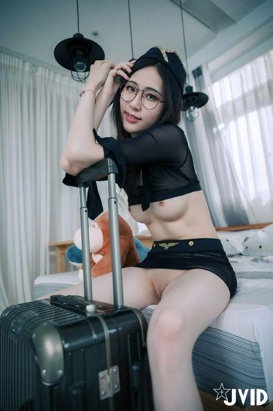 亚洲JVID阿黎性感暗黑空姐
