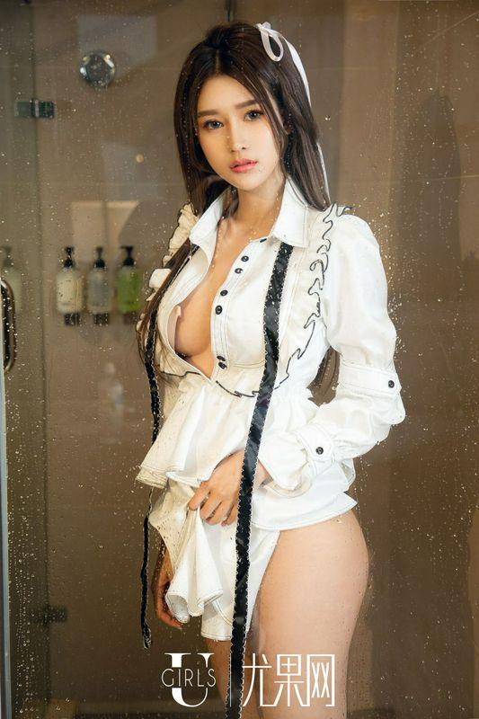 日系美女欣怡黑色制服